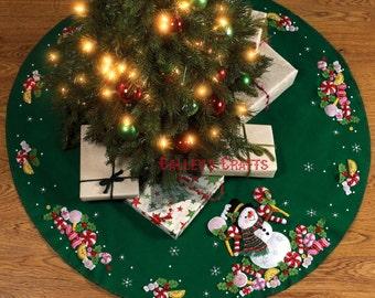 "Bucilla Candy Cane Snowman ~ 43"" Felt Christmas Tree Skirt Kit #86307, Frosty DIY"