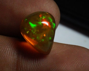 BIG OPAL GEMSTONE 6.15 Cts / Natural Ethiopian Opal Cabochon Gemstone / Loose Cabochon Opal Multi Play Flashy Fire Stone