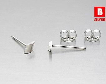 925 Sterling Silver Earrings, Stud Earrings Size 3 mm (Code : K04)
