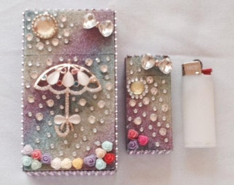 Rainbow Cigarette Case with matching mini bic lighter sleeve 100 or king