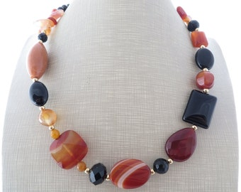 Orange agate necklace, black onyx necklace, chunky necklace, beaded necklace, big bold necklace, gemstone necklace, stone jewelry, gioielli