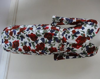 50's Dress. Scarlet Roses.