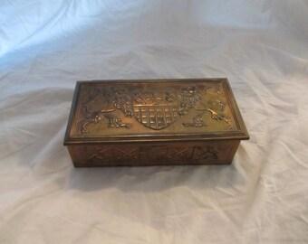 Peerage England Rare Brass Coat of Arms & Lion Divided Keepsake Box
