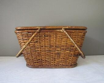 Vintage Picnic Basket, Wicker Basket, Bamboo Handle Picnic Basket