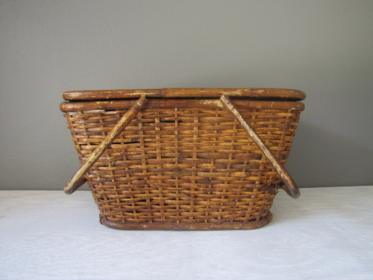 vintage picnic basket wicker basket bamboo handle picnic. Black Bedroom Furniture Sets. Home Design Ideas