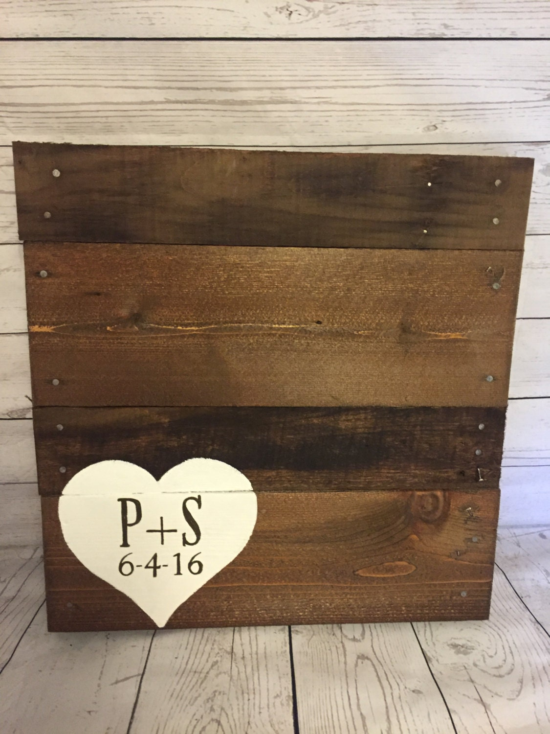 Wood pallet wedding Guest book Alternative sign by ...