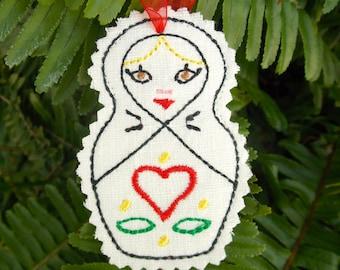 Christmas~Holiday~Gift Ornament Traditional Russian Style Mamushka~ Matryoshka~Babushka Wolorwork Design on Linen Machine Embroidered