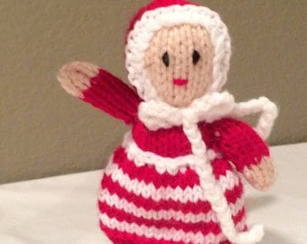 Adorable Vintage Crocheted Mrs. Claus Christmas Ornament