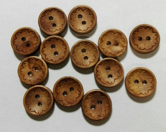 10 Buttons Round natural wood with debossed a Flower 13mm