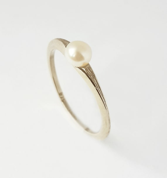 silver pearl ring white pearl ring in 925 silver unique