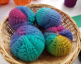 3 Pack - Knitted Rainbow Balls