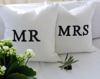 2x Linen Pillow/cushion Mr. and Mrs.Message