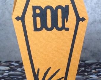"""Halloween coffin greeting card """"BOO!"""""""