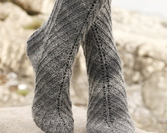 socks, handknitted, pattern, knitted socks, wool, herringbone, drops design, made to order, your color, your size,