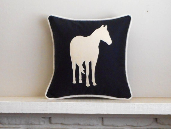 Horse Pillow Cover / 30 colors / Black pillow / equestrian decoration / Pony pillow / pillow with horse / equine pillow / horse lover gift