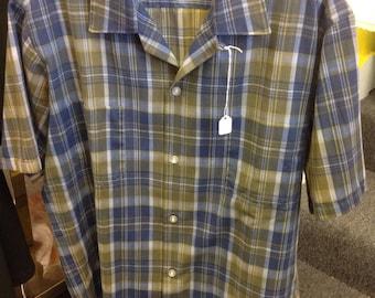 1950s short sleeve plaid shirt