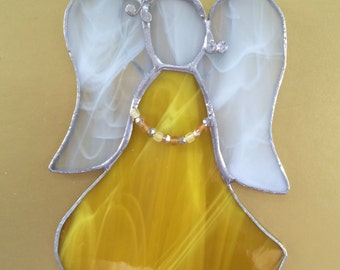 Stained glass angel, yellow