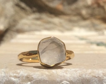 US 6, Raw Crystal Quartz Ring, Gold Vermeil Ring, Rough Natural Gemstone, Rough Crystal Quartz Ring, Crystal Quartz Gemstone Gold Rings