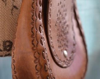 THICK Hand Tooled LEATHER Vintage Shoulder Handbag