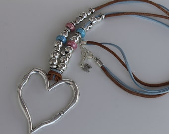 long leather necklace with big heart