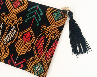 Handmade zippered pouch with Malaysian Fabric