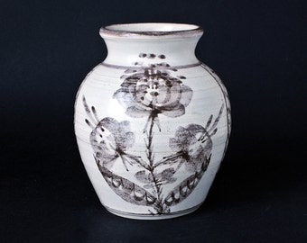 Cheddar Pottery Vase - Studio Pottery Somerset England - Circa 1970s - 1980s.