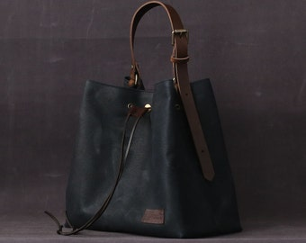 Waxed canvas bag INGRID blue navy