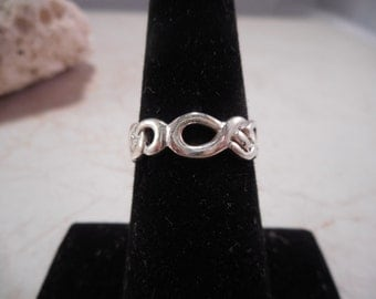 Sterling Silver Love Knot Ring Size 6.5