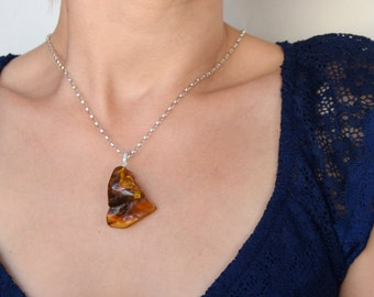 "Baltic amber pendant with chain ""Unique piece"""