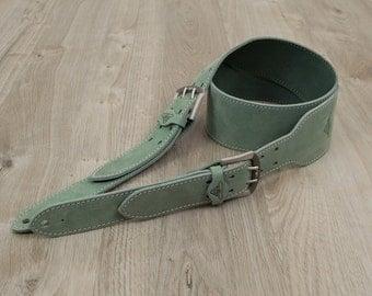 "Handmade Leather Guitar Strap - Iroquois [3""]"