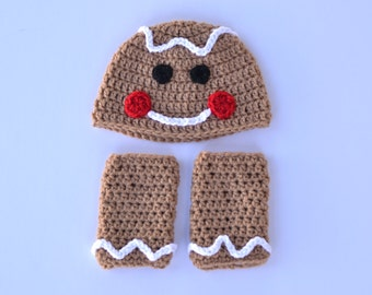 Handmade crochet baby gingerbread man hat and leg warmers; Christmas card picture; boy and girl; baby beanie; holiday hat; photography prop