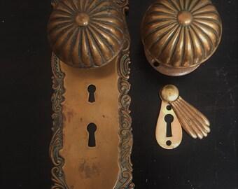 Antique Roanoke Entry Door Set 530668