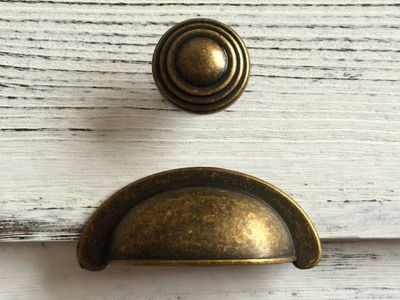 antique brass cup bin drawer pulls handles dresser pull handle cabinet door handles retro. Black Bedroom Furniture Sets. Home Design Ideas