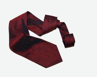 "Vintage ""shiny"" necktie"