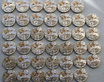 "6/8"". Set of 40 Vintage Watch movements,steampunk parts."