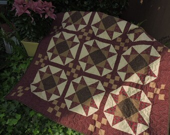 """Lap Sized Ohio Star Quilt with Nine Patch Blocks in the Center    46"""" x 46"""""""