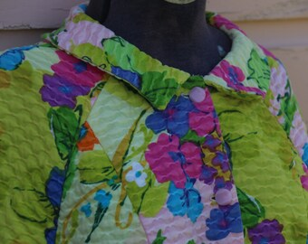 Vintage Quilted Housecoat or Robe. Bright Retro Graphics. Flowers. Green, Purple Blue. Thick Cotton Robe or Housedress. Buttons. Size M/L
