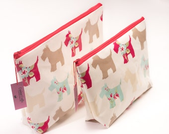 Gift Set Cosmetics Bags in Scottie Dog Clarke and Clarke Oilcloth Toiletry Bag Gifts for Her