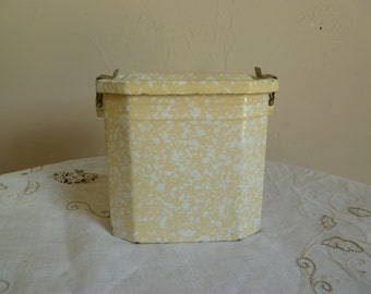 French Enamel Lunch box / Storage Tin/kitchen storage decor