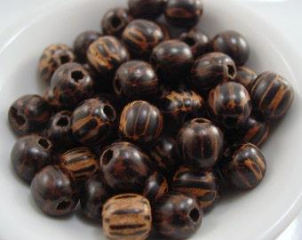 Wood Round 8 mm x 9 mm Bead - 10 Beads #5129