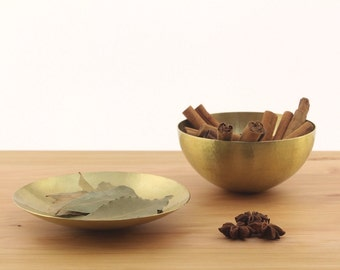 Hammered bowls – Hammered brass – Hammered utensils – Brass utensils – Brass bowls – Brass bowl – Brass serving bowl