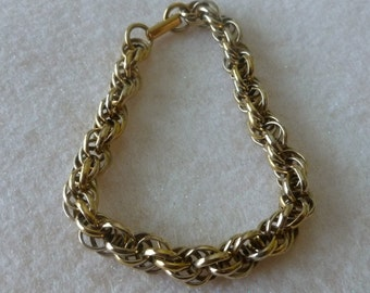Vintage Sarah Coventry Twisted Rope Chain Link Goldtone Bracelet