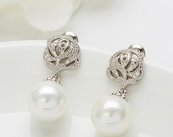 Ivory pearl earrings, Bridal pearl earrings, Prom pearl earrings, Bridesmaid pearl earrings, UK seller