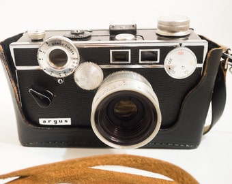 Argus C3 35mm Film Camera w/ half case, full case, strap