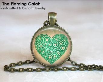 GREEN HEART Pendant / Necklace / Key Ring. I Love You. Valentines Love Gift.  Handmade from Australia (P0718) **Free Shipping**
