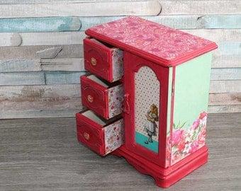 Shabby Chic Vintage Valentines, Jewelry Box, Alice in Wonderland, Jewellery Armoire, Wedding, Birthday,Jewellry, Ladies Jewelry Storage, red