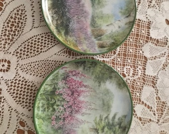 Beautiful Vintage Kaiser pottery coasters/ small plates