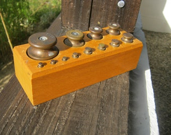 French Vintage Scale Weights