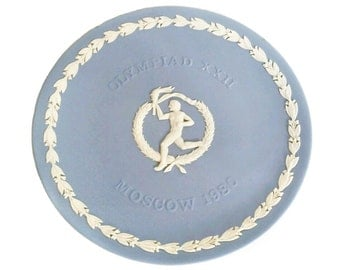 Olympics Moscow Olympiad 1980 plate - Wedgwood round blue jasperware plate