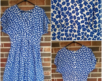Sweet Blue and White Floral Spring Sundress with Pockets, L